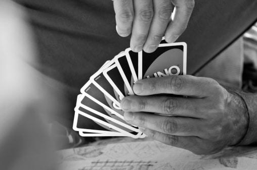 regler uno kortspil